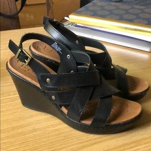 BØC wedge heels size 8 - super comfortable!